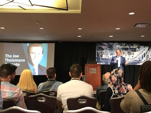 Joe Theismann auf der Affiliate Summit