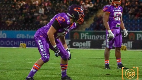 Universe Linebacker Mark Gorelik verstärkt Diamonds