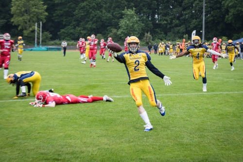 Robby Kendell, Elmshorn Fighting Pirates feiert seinen Touchdown
